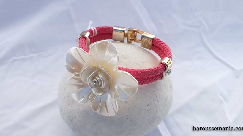 Bracelet cordon simili rose imitation nacre